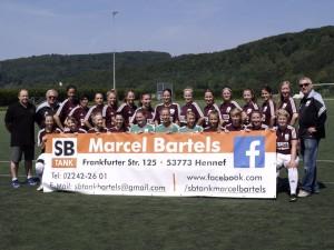 Saison 2015/16 - Unsere Damen mit dem Trikotssponsor Macrel Bartels von SB Tank Bartels